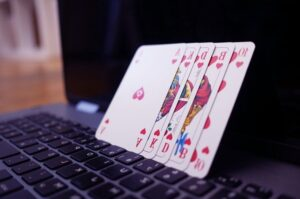 attention in poker